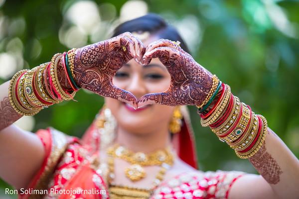 indian bride,indian bride makeup,indian bridal mehndi