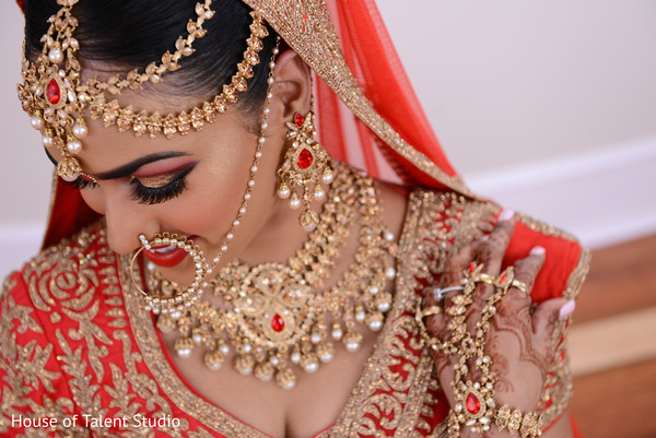 indian bride,indian bridal hair and makeup,indian wedding portrait