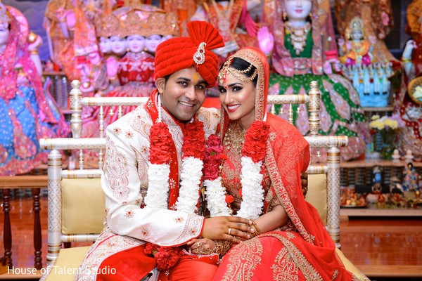 fairytale indian couple in new york fusion indian wedding