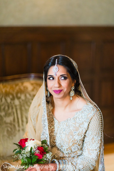 pakistani bride,indian wedding portrait,indian bridal fashions