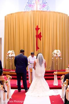 indian bride,indian groom,indian christian wedding ceremony,malayalam wedding