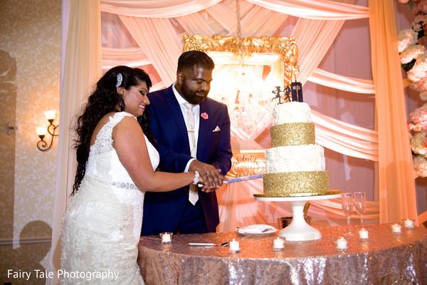 indian wedding cakes,tier cake,indian wedding couple