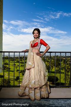 indian bridal lengha,red and gold lengha,bridal look