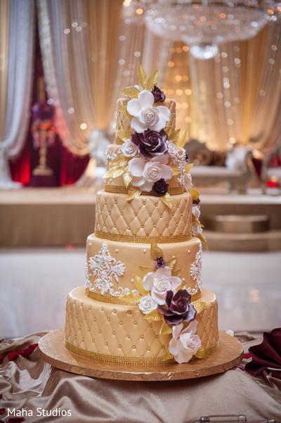 Exquisite wedding cake.