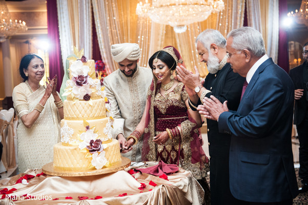 indian wedding photography,indian wedding cakes