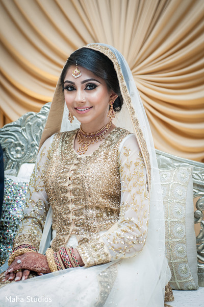indian wedding photography,indian bride and groom,walima