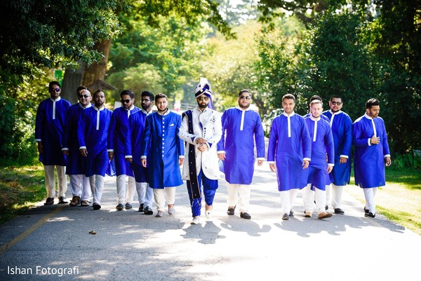 Amazing capture of indian groom and groomsmen.