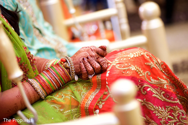 Lovely bridal mehndi