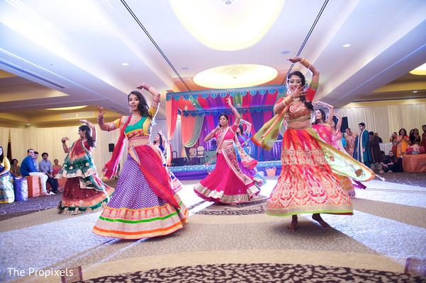 Maharani dancing