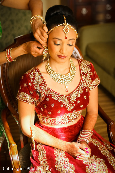 bridal earrings,indian bridal jewelry,indian bride getting ready