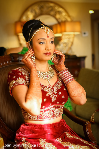 indian bridal lengha,indian bridal fashions,indian bridal jewelry