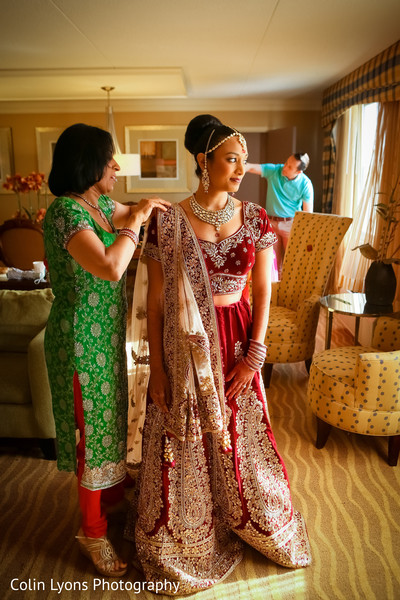 Maharani completing her look