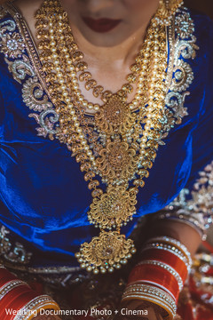 pre-wedding ceremony photography,indian bride ceremony fashion,indian bridal jewelry
