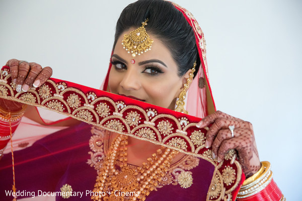 Beautiful indian bride photography in California Sikh Wedding by Wedding Documentary Photo + Cinema