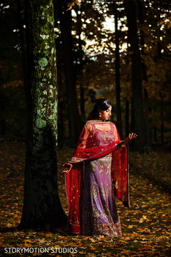 indian bride,outdoor wedding photography,indian wedding portrait