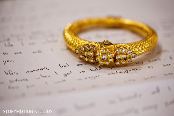 Sweetest letter and gift for the bride. in New Rochelle, NY Sikh Wedding by StoryMotion Studios