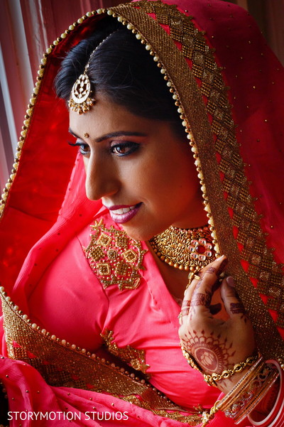 Amazingly gorgeous bridal portrait. in New Rochelle, NY Sikh Wedding by StoryMotion Studios
