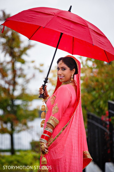 indian bridal fashions,indian bride makeup,indian wedding photography