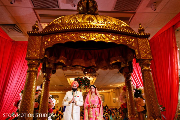 indian weddings,sikh bride,sikh groom