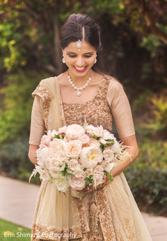 indian bridal lengha,bridal golden lengha,indian wedding lengha
