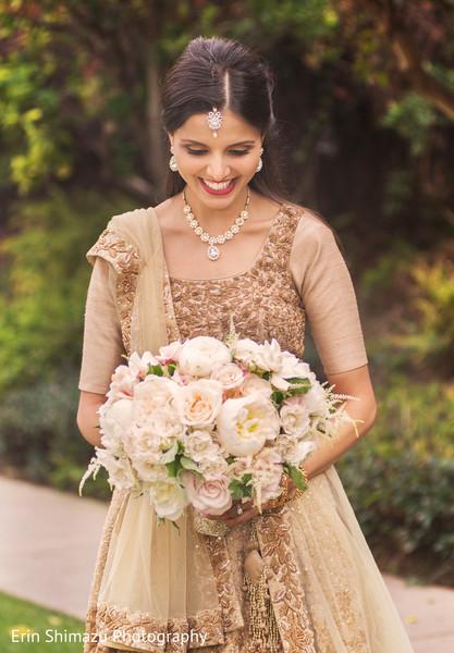 indian bridal lengha,bridal golden lengha,indian wedding lengha