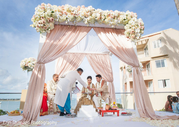 indian wedding ceremony,indian wedding,indian wedding mandap