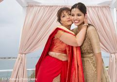 indian sari,golden lengha