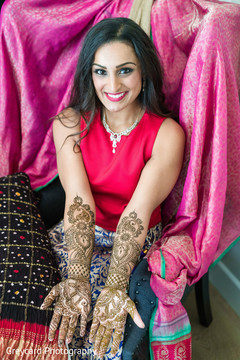 indian wedding mehndi,indian wedding henna,indian bridal mehndi,indian bride