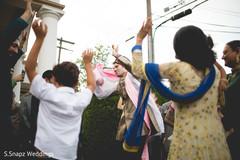 indian wedding baraat,indian pre-wedding celebrations,indian wedding,indian groom