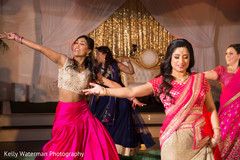 indian sari,indian bridal fashions,indian wedding performance