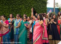 indian wedding baraat,indian sari