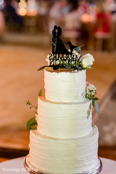 destination wedding reception,indian wedding cakes