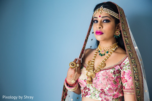 indian bride ceremony fashion,indian bridal lengha,indian wedding portrait
