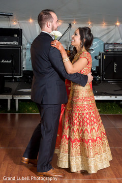 indian newlyweds,indian fusion wedding reception,indian bride and groom first dance