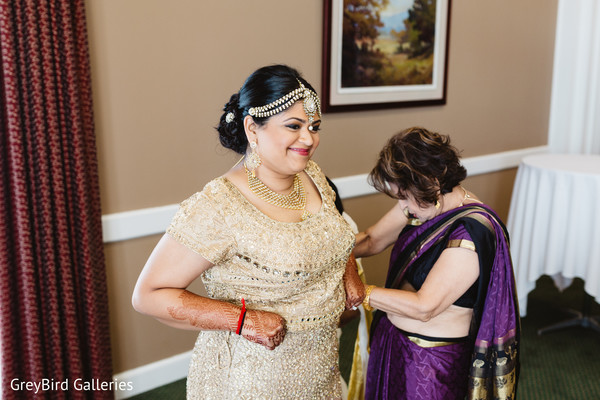 indian bridal mehndi,indian bride hair and makeup,indian bride getting ready
