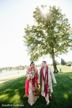 indian bride and groom portrait,outdoor photography,indian bride ceremony fashion