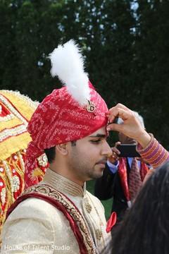 indian wedding,baraat,indian groom