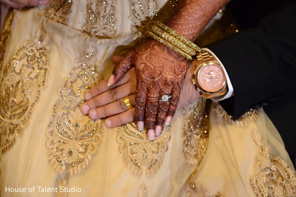 indian wedding reception,wedding accessories