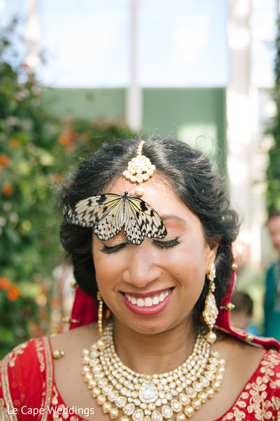 bridal jewelry,indian bride hair and makeup,indian bride portrait