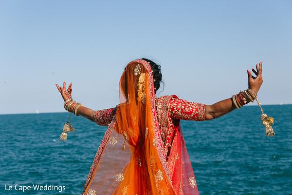 indian bride ceremony fashion,henna,mehndi