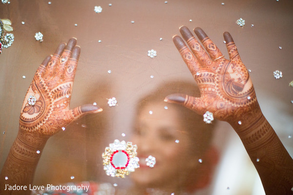 Gorgeous henna art