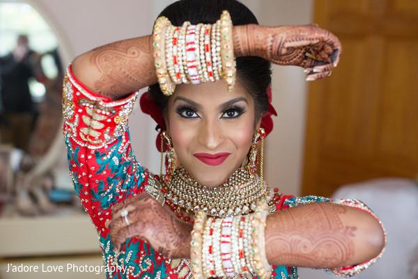 I Bridal Mehndi Jewellery : New york fusion wedding by j adore love maharani weddings
