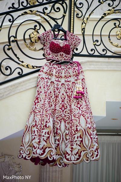 indian bride reception fashion,pre-wedding reception photography,indian bride lengha