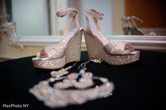 indian bride shoes,bridal jewelry,indian wedding photography