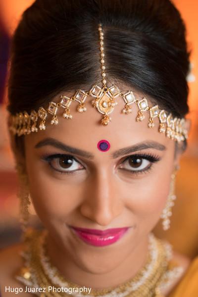 indian bridal makeup,bridal tikka,indian bride portrait