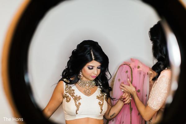 indian bridesmaids' fashion,indian bridal makeup,indian bride reception fashion
