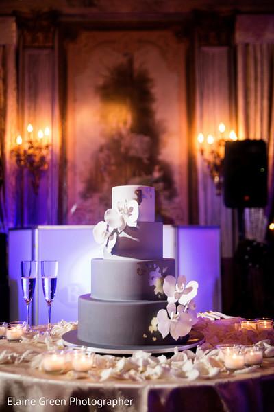 Marvelous wedding cake.
