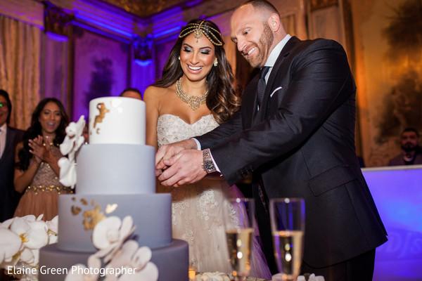 wedding cake,ombre wedding cake,cake cutting