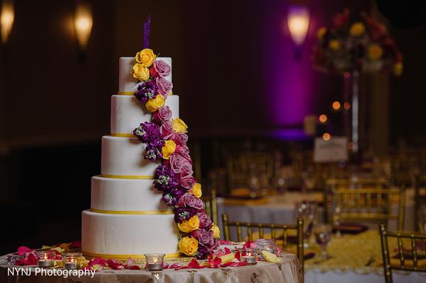 Fascinating and romantic wedding cake.