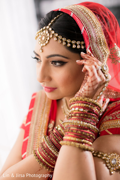 getting ready,bridal fashion,lengha,indian bride